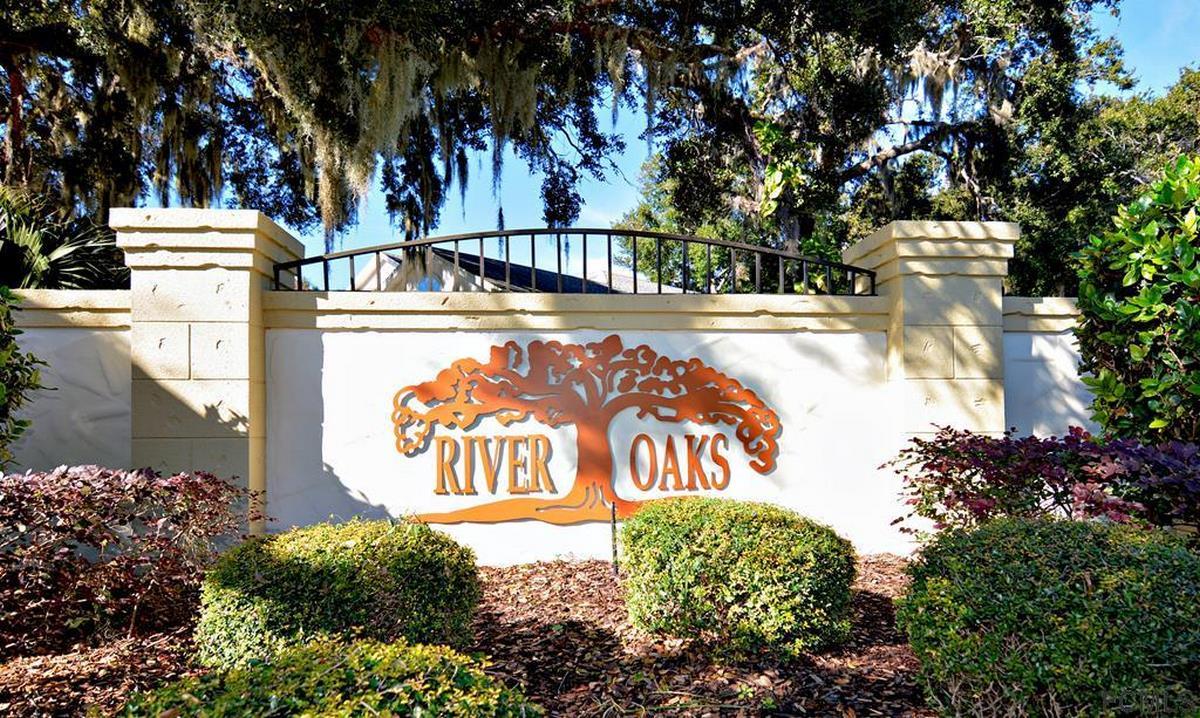 15 River Oaks Way